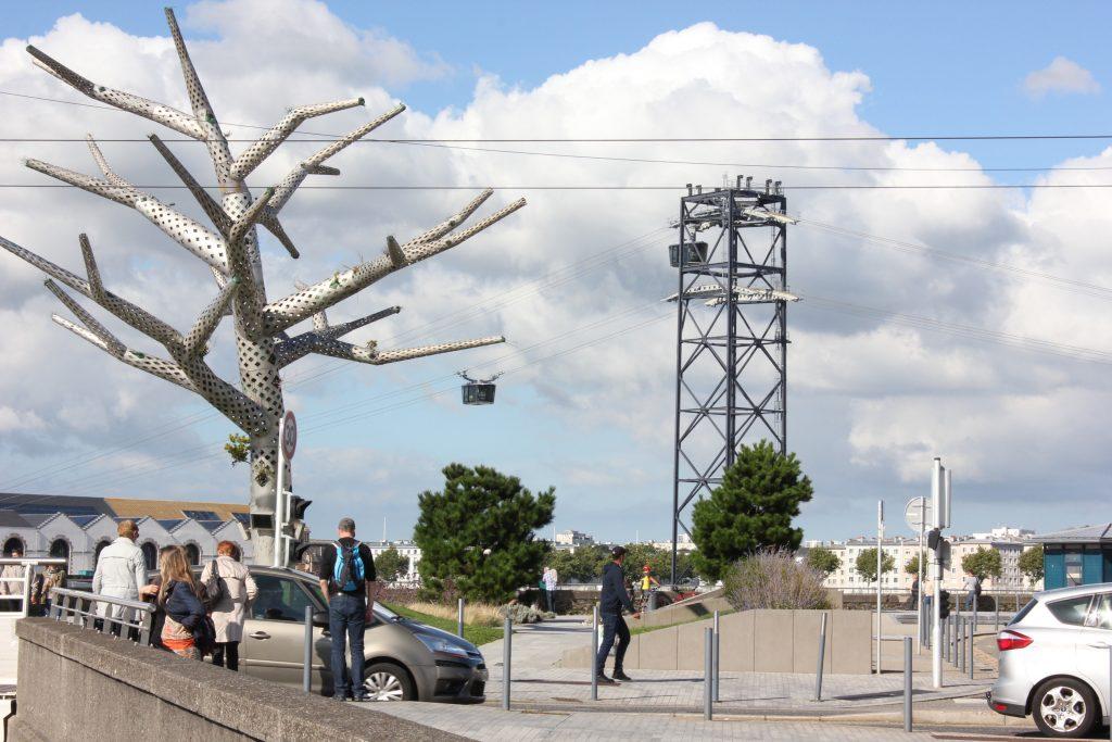 Téléphérique urbain de Brest / Mise en oeuvre des câbles et montage téléphérique par Mécamont Hydro