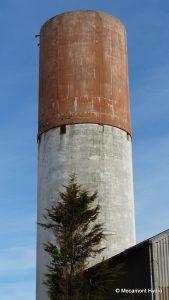 Le château d'eau de Mecamont Hydro qui sert de terrain d'exercice pour les cordistes de Face Verticale