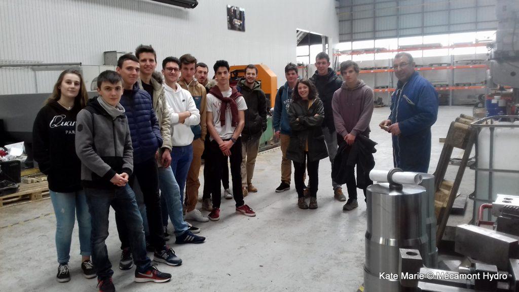 Les élèves de l'IUT GMP lors de la Semaine de l'industrie chez Mecamont Hydro à Lannemezan