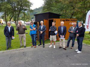 Gérard Holtz participe à l'inauguration de l'E-ZY BIKE SERVICES